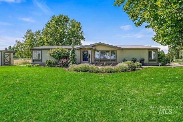 2075 W Central, Emmett, ID 83617 (MLS #98813692) :: Idaho Life Real Estate