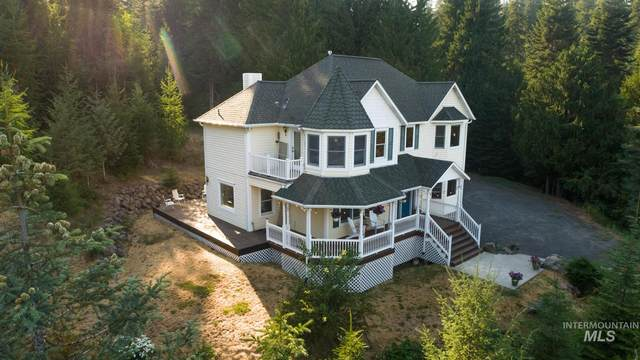 1055 Spring Valley Rd, Troy, ID 83871 (MLS #98813781) :: Story Real Estate