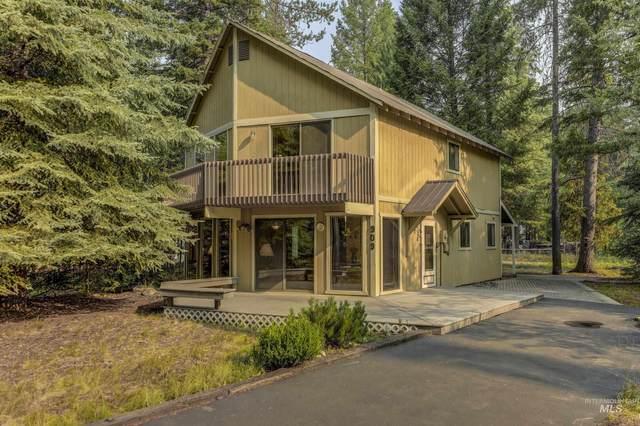 909 Evergreen Drive, Mccall, ID 83638 (MLS #98813836) :: Jon Gosche Real Estate, LLC