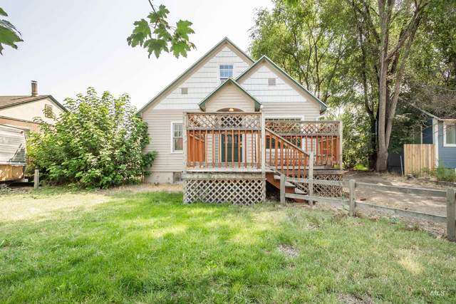 412 S Maple St, Nampa, ID 83651 (MLS #98813858) :: Minegar Gamble Premier Real Estate Services