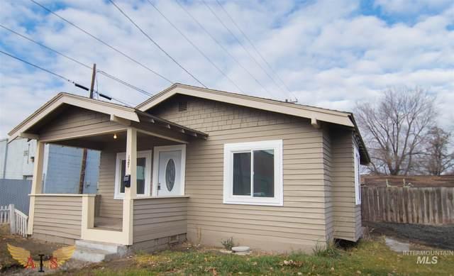 562 2nd Ave E, Twin Falls, ID 83301 (MLS #98813917) :: Jon Gosche Real Estate, LLC