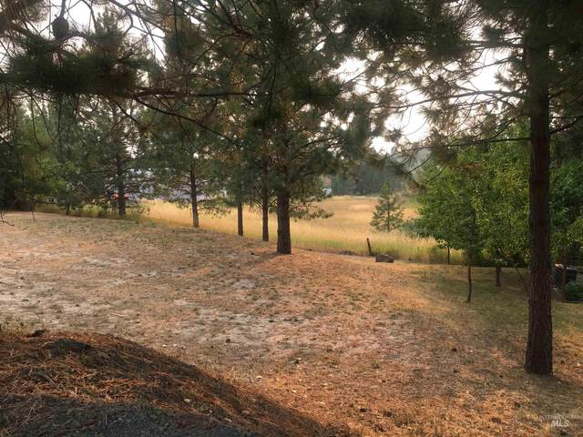 615 Division, Deary, ID 83823 (MLS #98813977) :: Story Real Estate