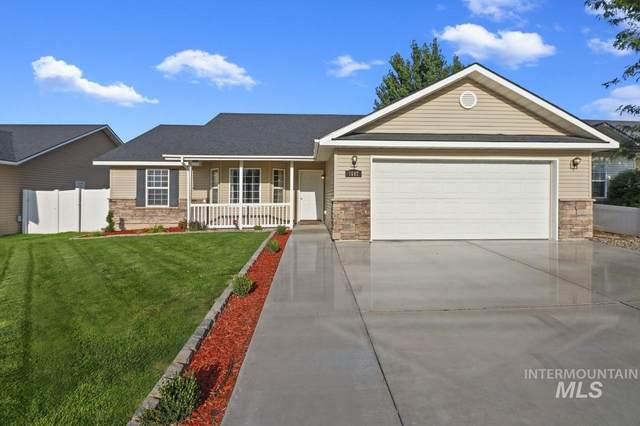 1547 Vista Dr, Twin Falls, ID 83301 (MLS #98814140) :: Story Real Estate