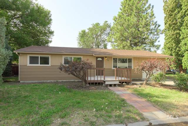 607 Ave C, Wilder, ID 83676 (MLS #98814690) :: Team One Group Real Estate