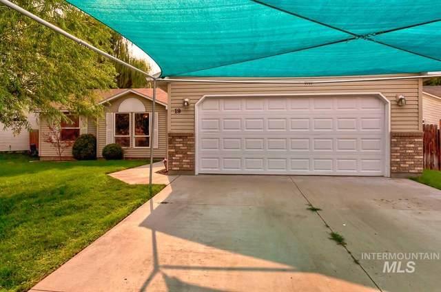 19 S Honey Drive, Nampa, ID 83687 (MLS #98814950) :: Bafundi Real Estate