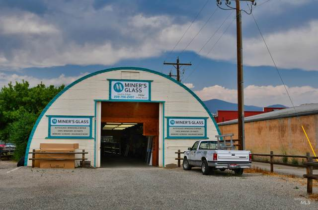 111 S Church, Salmon, ID 83467 (MLS #98815033) :: Minegar Gamble Premier Real Estate Services