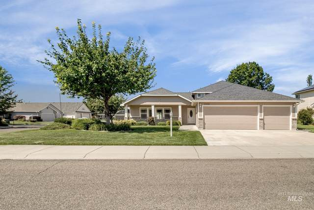 2449 N Tangent Ave, Meridian, ID 83646 (MLS #98815048) :: First Service Group