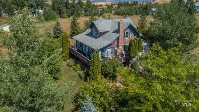568 Pavel Ct, Moscow, ID 83843 (MLS #98815191) :: Beasley Realty