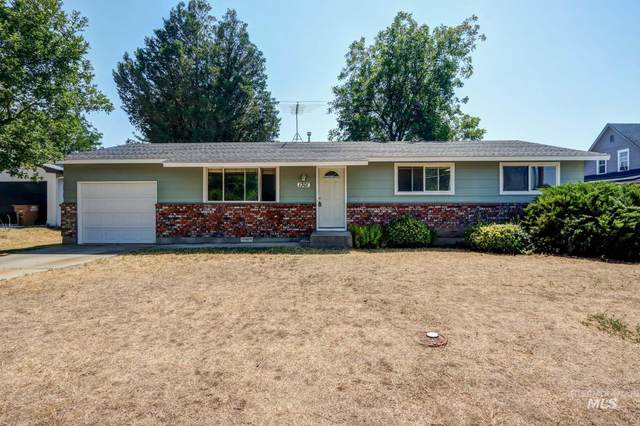 1301 E Locust, Emmett, ID 83617 (MLS #98815473) :: City of Trees Real Estate