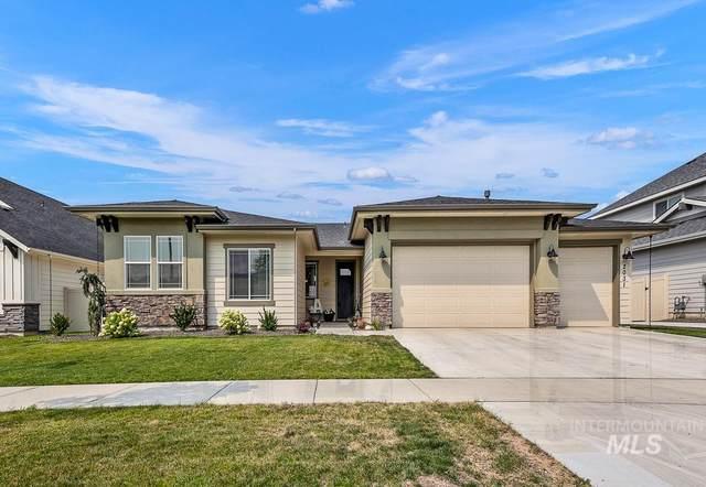 2031 S Woodsage Way, Meridian, ID 83642 (MLS #98816063) :: Minegar Gamble Premier Real Estate Services