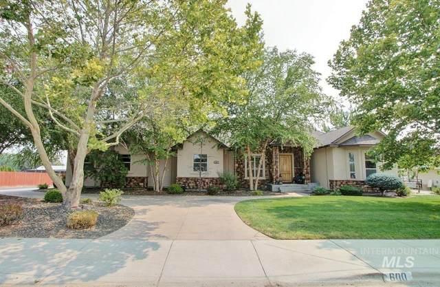600 N Edgewood Lane, Eagle, ID 83616 (MLS #98816068) :: Build Idaho