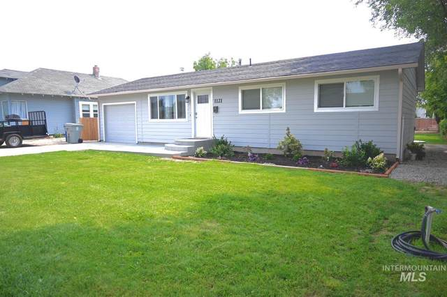 1121 Rosenlof Ave, Nampa, ID 83687 (MLS #98816173) :: City of Trees Real Estate