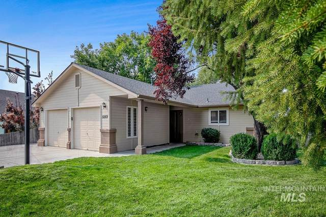 5069 S Deselm Way, Boise, ID 83716 (MLS #98816522) :: City of Trees Real Estate