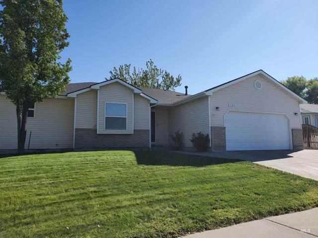 530 Kyle Street, Mountain Home, ID 83647 (MLS #98817072) :: Bafundi Real Estate
