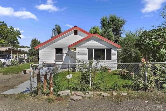 216 W Oregon, Homedale, ID 83628 (MLS #98817205) :: Epic Realty