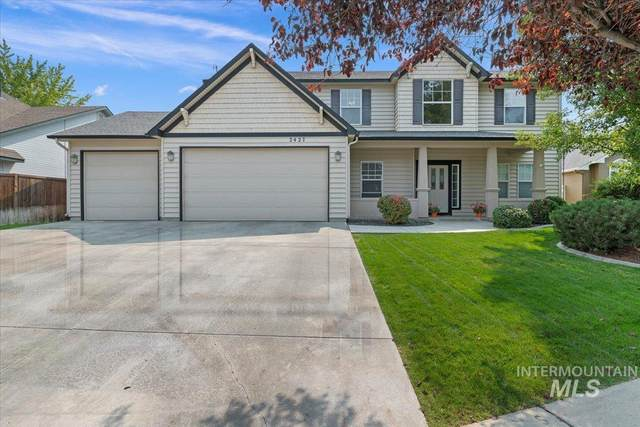 2427 E Indian Creek, Meridian, ID 83642 (MLS #98817417) :: First Service Group