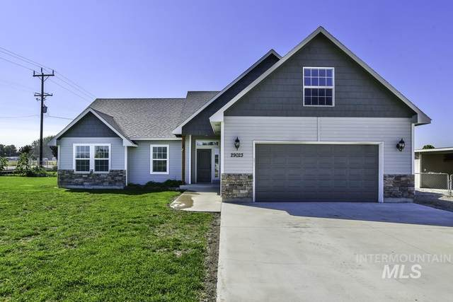 29023 Apple Way, Parma, ID 83660 (MLS #98817496) :: Build Idaho