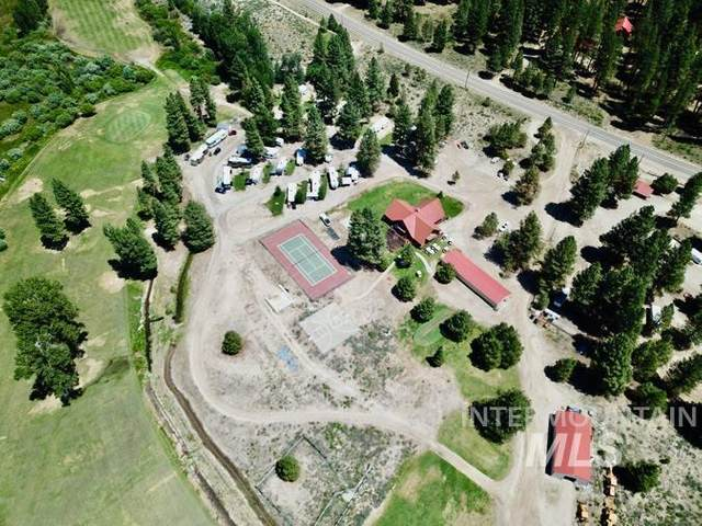 3561 N Pine-Featherville Rd, Featherville, ID 83647 (MLS #98817559) :: Epic Realty