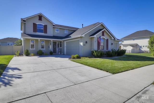 933 Golden Crown Way, Eagle, ID 83616 (MLS #98817565) :: Idaho Real Estate Advisors