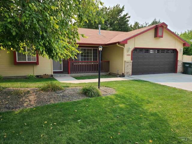 2351 E Grapewood Drive, Meridian, ID 83646 (MLS #98817625) :: New View Team
