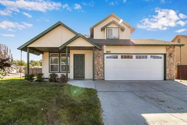 810 Comanche Trail, Emmett, ID 83617 (MLS #98817753) :: Bafundi Real Estate