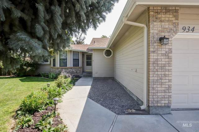 934 N Iris Place, Boise, ID 83704 (MLS #98817767) :: Trailhead Realty Group
