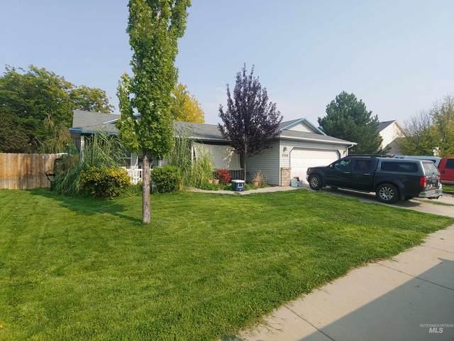 2268 N Snow Hawk Ave, Kuna, ID 83634 (MLS #98817928) :: Epic Realty