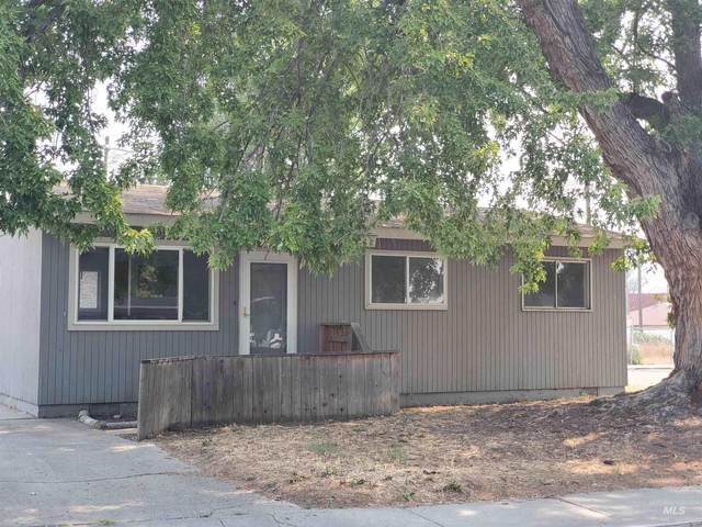 202 N 4H West, Mountain Home, ID 83647 (MLS #98817944) :: City of Trees Real Estate