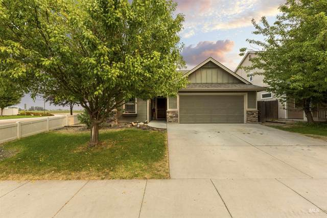 10590 Hackberry Ct, Nampa, ID 83687 (MLS #98818038) :: City of Trees Real Estate