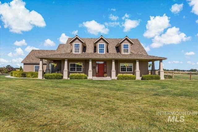 820 Homedale Rd., Caldwell, ID 83607 (MLS #98818610) :: Full Sail Real Estate