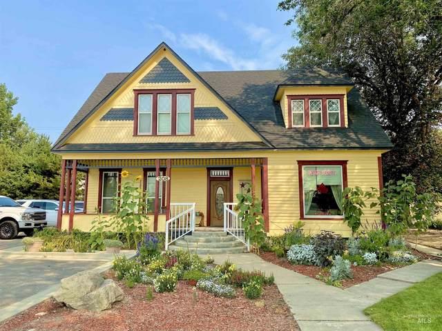 208 W Main St, Middleton, ID 83644 (MLS #98818637) :: Minegar Gamble Premier Real Estate Services