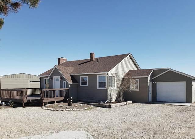 252 S Meridian Road, Kuna, ID 83634 (MLS #98818652) :: Build Idaho