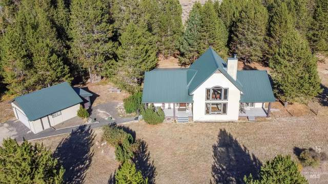 20 W Prospector Dr, Cascade, ID 83611 (MLS #98818671) :: Build Idaho