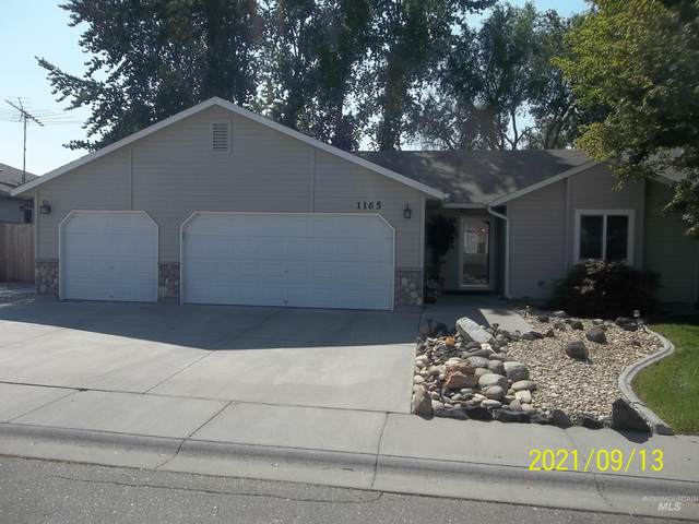 1165 E 19th North, Mountain Home, ID 83647 (MLS #98818777) :: City of Trees Real Estate