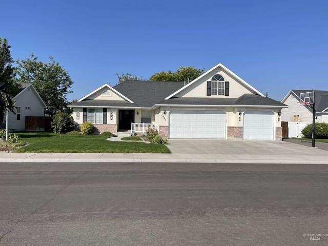 1065 Centennial, Twin Falls, ID 83301 (MLS #98818824) :: Full Sail Real Estate