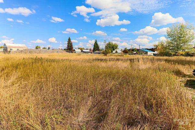 TBD W 1st St, Weippe, ID 83553 (MLS #98818840) :: Juniper Realty Group