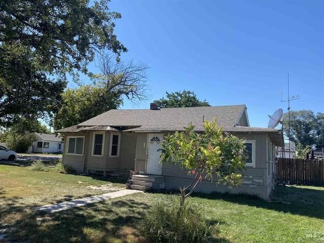 602 6th Street, Filer, ID 83328 (MLS #98818901) :: City of Trees Real Estate