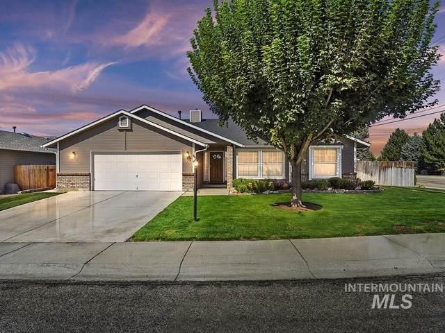 1592 E Falconrim, Eagle, ID 83616 (MLS #98819009) :: Build Idaho