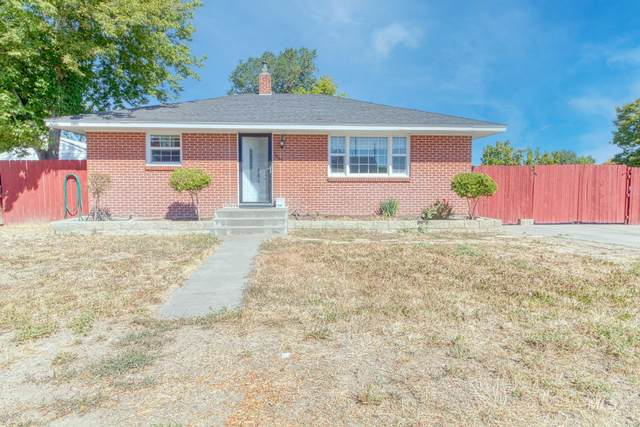 1443 Spruce Ave E, Twin Falls, ID 83301 (MLS #98819117) :: City of Trees Real Estate