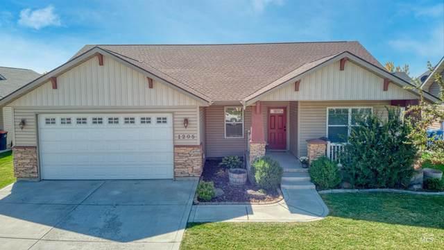 1205 Knoll Ridge, Twin Falls, ID 83301 (MLS #98819146) :: City of Trees Real Estate