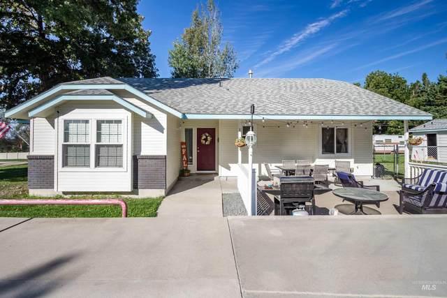2703 Syringa Ln, Caldwell, ID 83605 (MLS #98819191) :: Jon Gosche Real Estate, LLC
