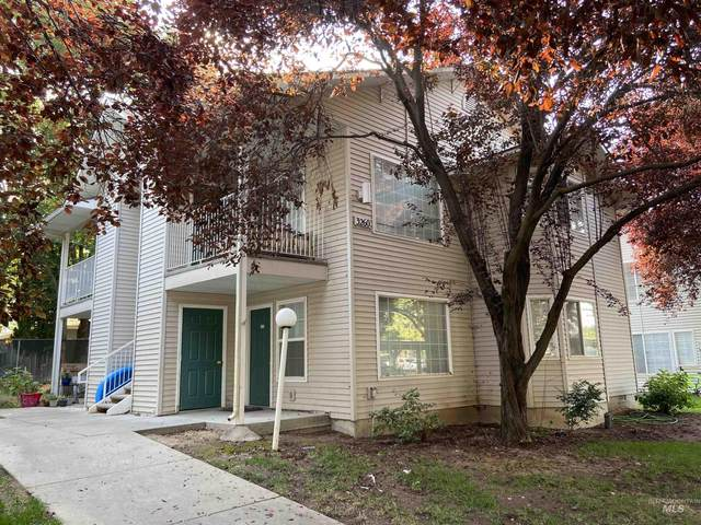 3260 N Lakegrove Lane, Boise, ID 83713 (MLS #98819209) :: Idaho Real Estate Advisors