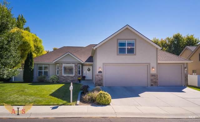 1864 Riverwood Dr, Twin Falls, ID 83301 (MLS #98819237) :: Full Sail Real Estate
