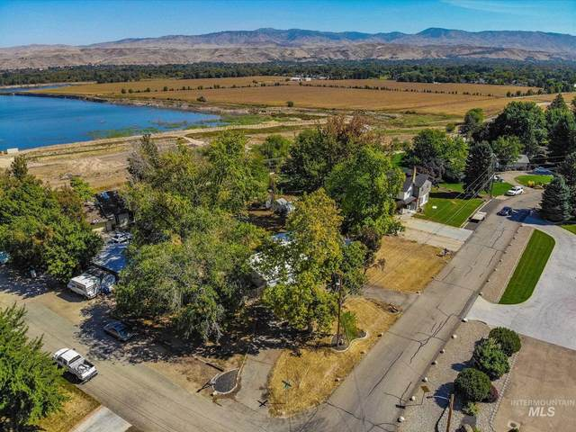5920 & 5924 Willow Cliff Way, Boise, ID 83713 (MLS #98819307) :: Bafundi Real Estate