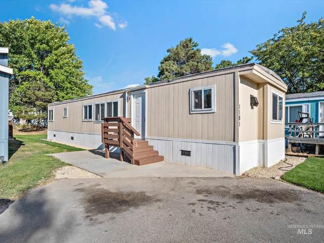 1181 Fox Ln, Boise, ID 83704 (MLS #98819353) :: Juniper Realty Group