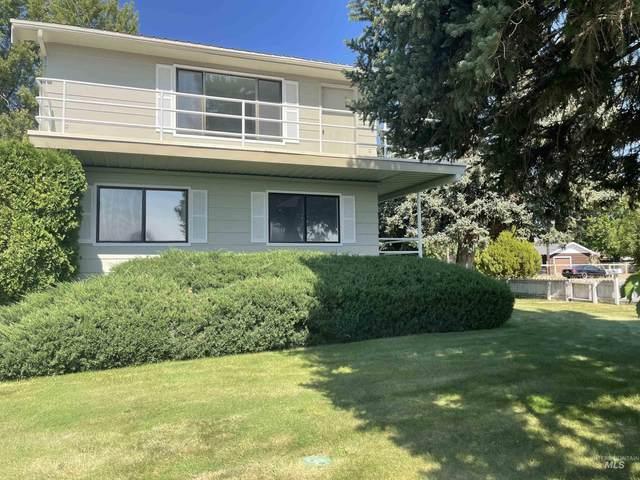 212 W Madison, Glenns Ferry, ID 83623 (MLS #98819356) :: Beasley Realty