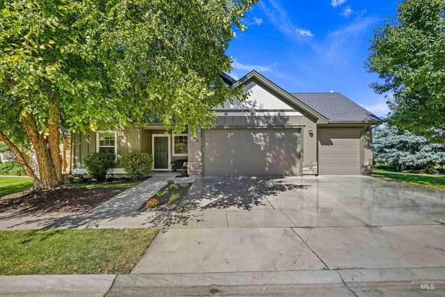 2356 E Mcpherson St., Meridian, ID 83642 (MLS #98819377) :: Idaho Life Real Estate