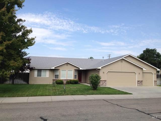 3037 N Hearth, Meridian, ID 83646 (MLS #98819379) :: Bafundi Real Estate