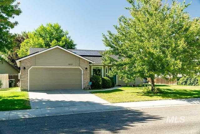 1437 N Sandlin Ave, Meridian, ID 83642 (MLS #98819429) :: Full Sail Real Estate