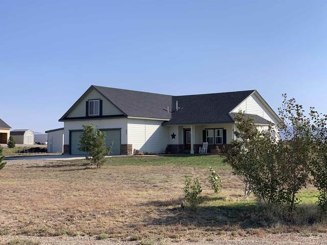 980 SW Wright Place, Mountain Home, ID 83647 (MLS #98819505) :: Beasley Realty